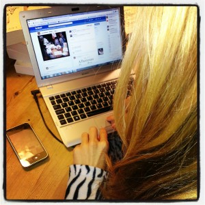 Lucy Robinson facebooking - copyright Lucy Robinson